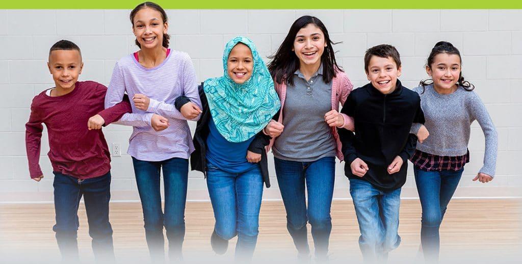 kids linked arms bg