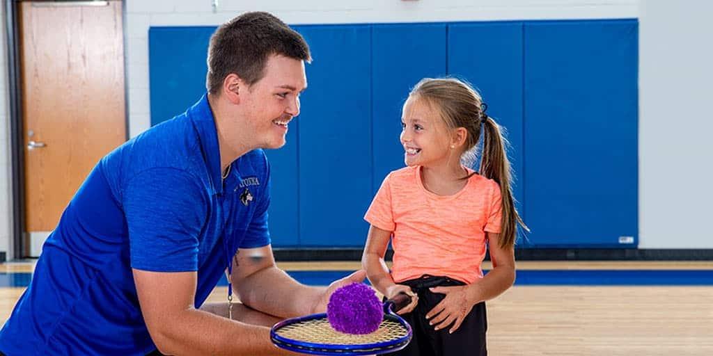 Teacher kid Elem tenis 172 1